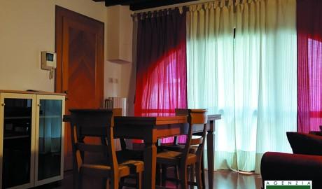 Image for TV 1299 – Affittasi mini appartamento con garage, in centro storico a Treviso