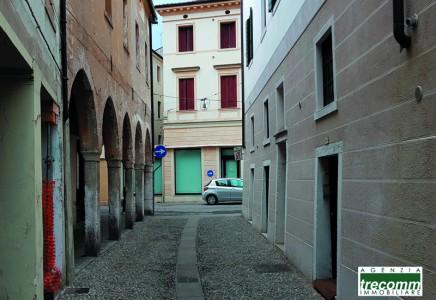 Image for TV 4569 – Palazzetto da ristrutturare, centro città a Treviso